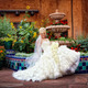 Thumb_bride_with_flowers