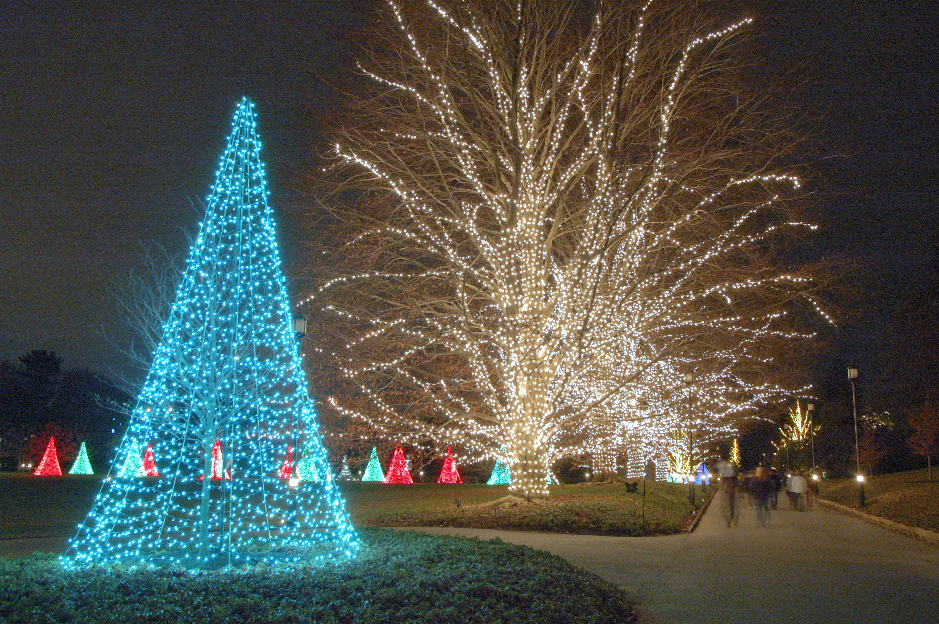 Longwood dresses up for the holidays | Chester County Press