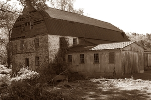 Medium_barn-sepia