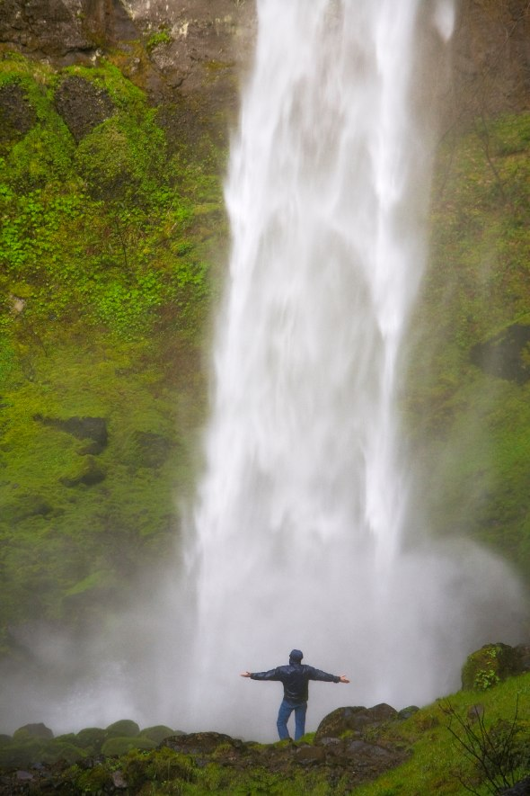 Waterfall at the Columbia River Gorge
