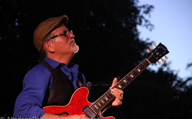 Delgado Brothers play the blues away | Altadena Point