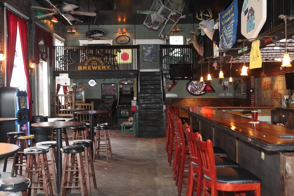 Amazing Burns Alley Neighborhood Bar Charleston Sc Beatyapartments Chair Design Images Beatyapartmentscom