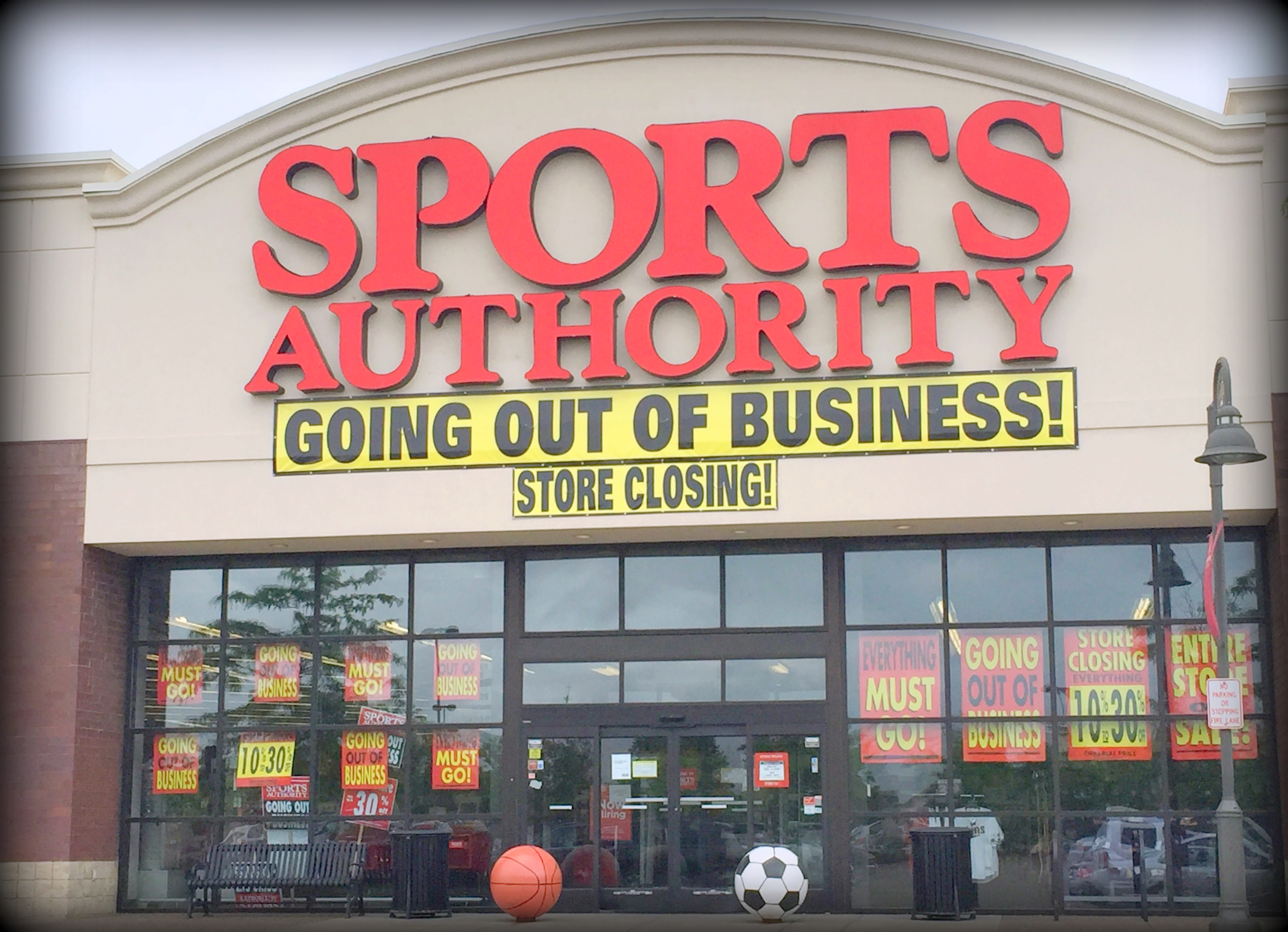 authority sports grove maple closing