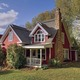Thumb_red-cottage-1